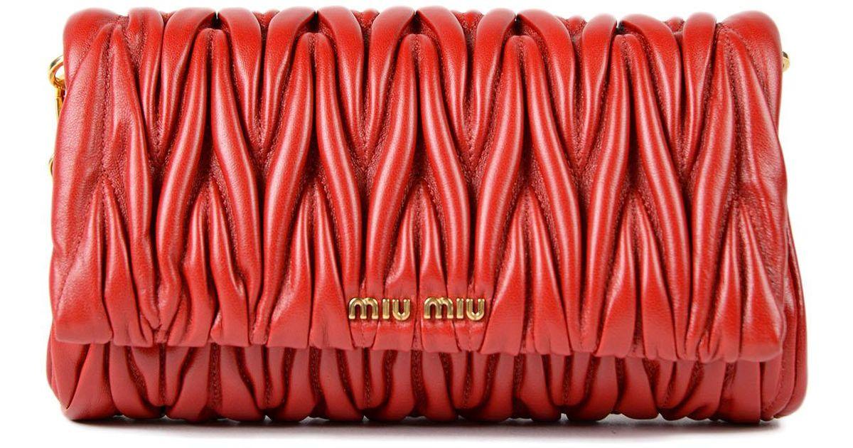 ff9cdb5cf16a Lyst - Miu Miu Matelasse Crossbody in Red