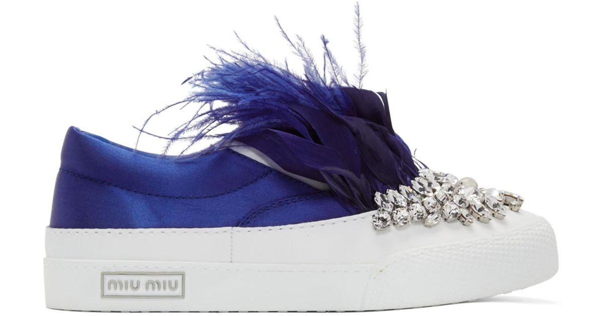 Miu Miu White & Blue Feather Crystal Slip-On Sneakers njfqjR