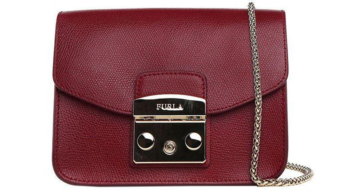 3591a81666 Furla Burgundy Metropolis Mini Shoulder Bag - Lyst
