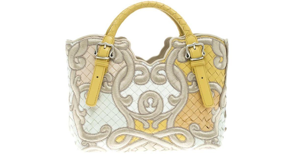 526fa75f3932 Bottega Veneta Leather Limited Edition 076 300 Cabat Tote - Lyst