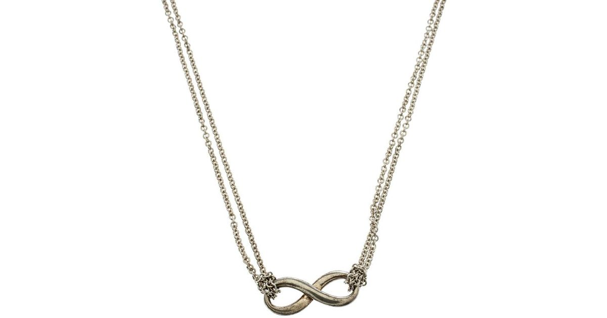 437833461 Tiffany & Co. Infinity Pendant Necklace in Metallic - Lyst