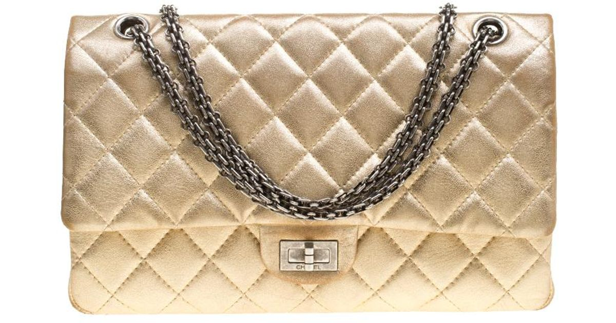 e6f1aefbb3908a Chanel Quilted Leather Reissue 2.55 Classic 226 Flap Bag in Metallic - Lyst