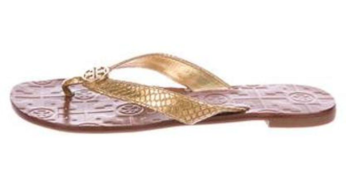 f5d722a73 Lyst - Tory Burch Thora Thong Sandals in Metallic