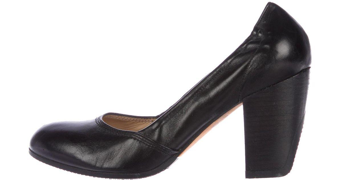 Dries Van Noten Patent Leather Round-Toe Pumps low cost sale online AvqA6