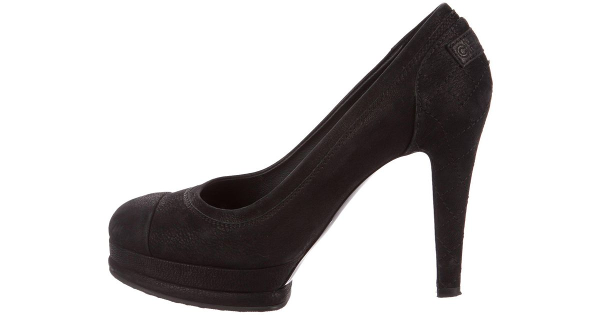 22bc0cb6f227 Lyst - Chanel Suede Quilted Pumps in Black