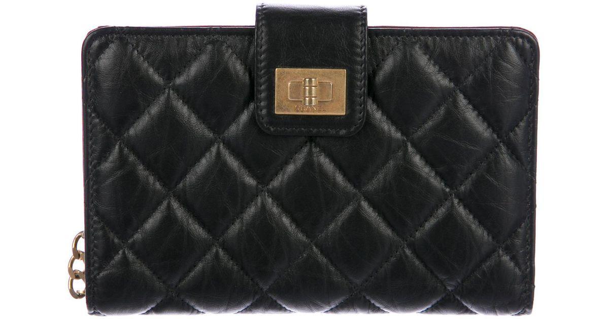 c1866f5812fa Lyst Chanel Reissue L Zip Pocket Wallet Black In Metallic