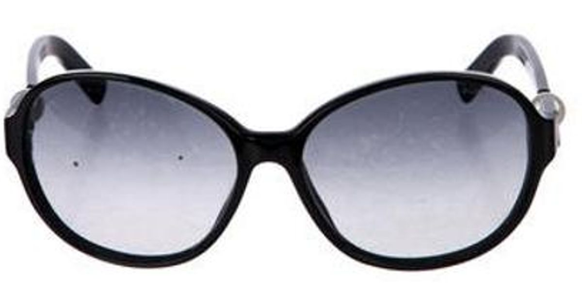 bfd8711d177 Lyst - Chanel Perle Gradient Sunglasses in Black