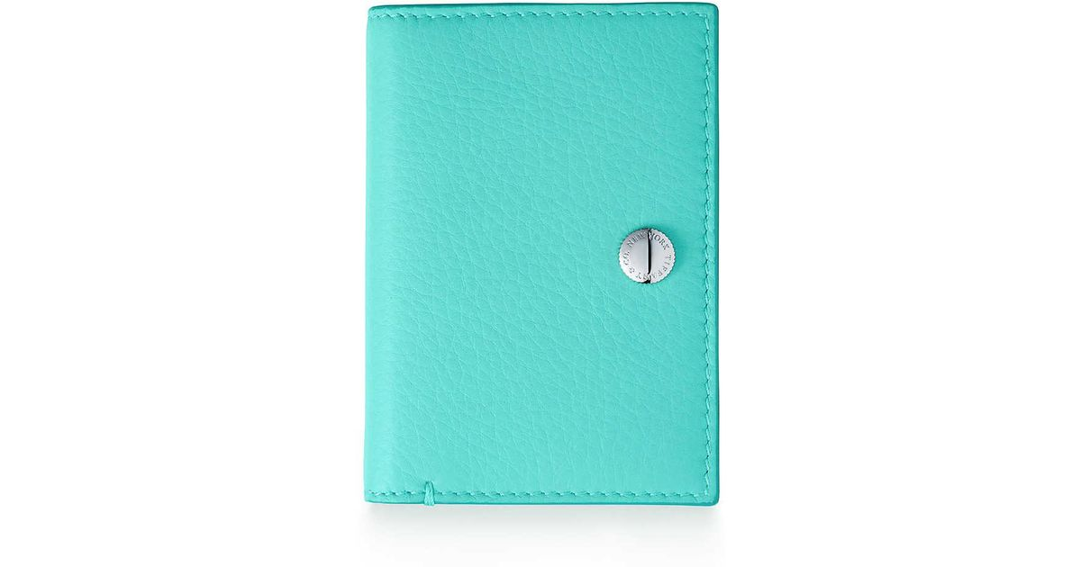 Color Block vertical folded card case in grain calfskin leather Tiffany & Co.