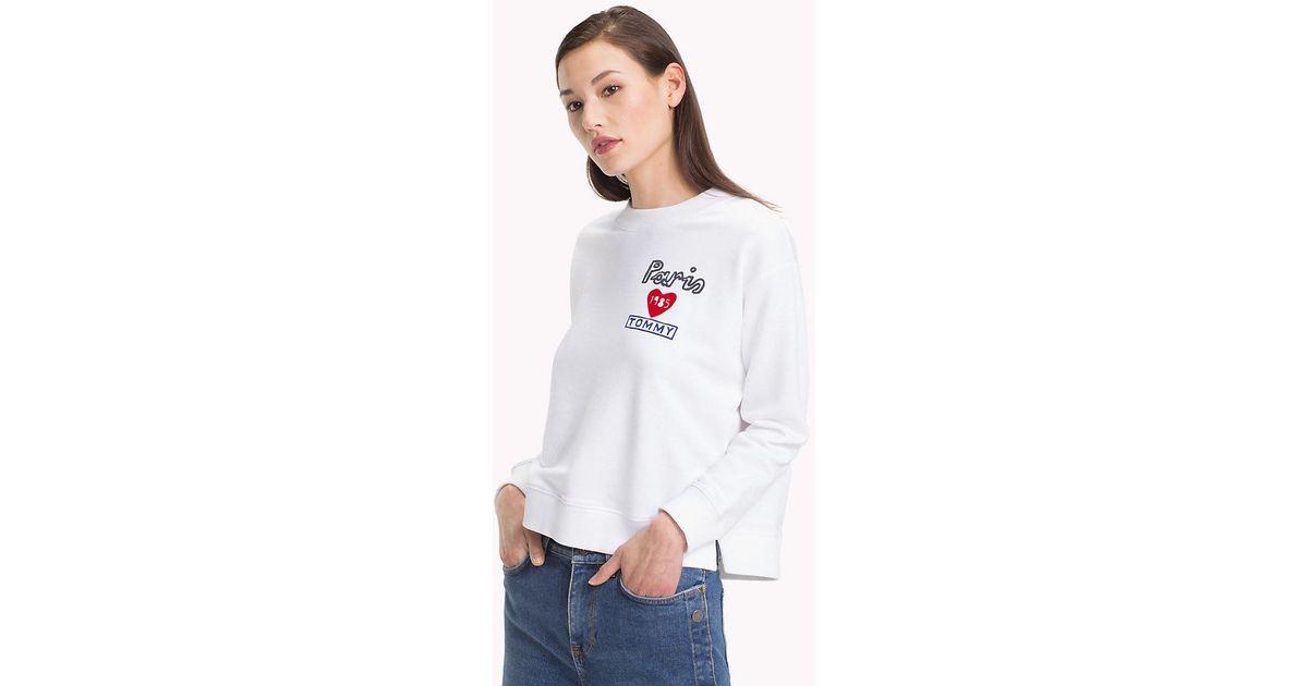 d86f26795 Tommy Hilfiger Vintage Logo Sweatshirt in White - Lyst