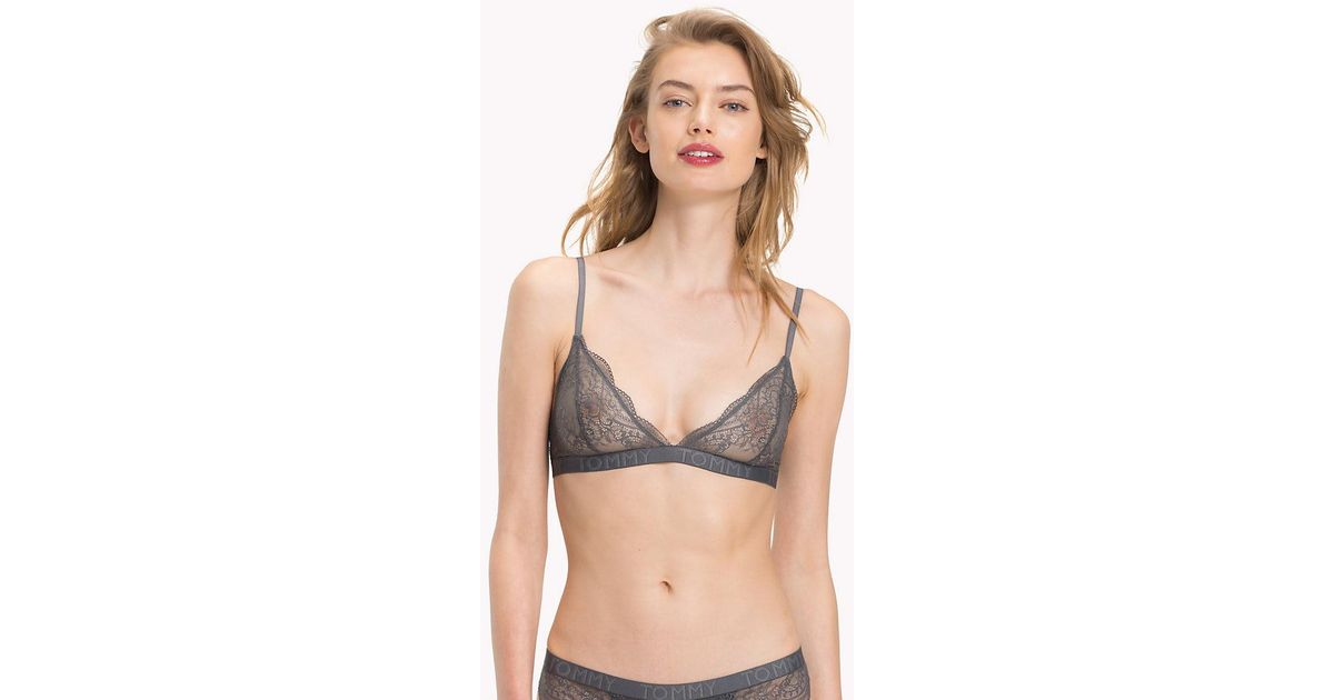 dbaceb0bdc7 Tommy Hilfiger Lace Triangle Bralette in Natural - Lyst