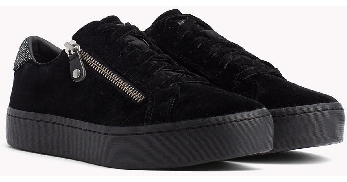 f899d2c3c4b0e8 Tommy Hilfiger Velvet Finish Zip Detail Trainers in Black - Save 31% - Lyst