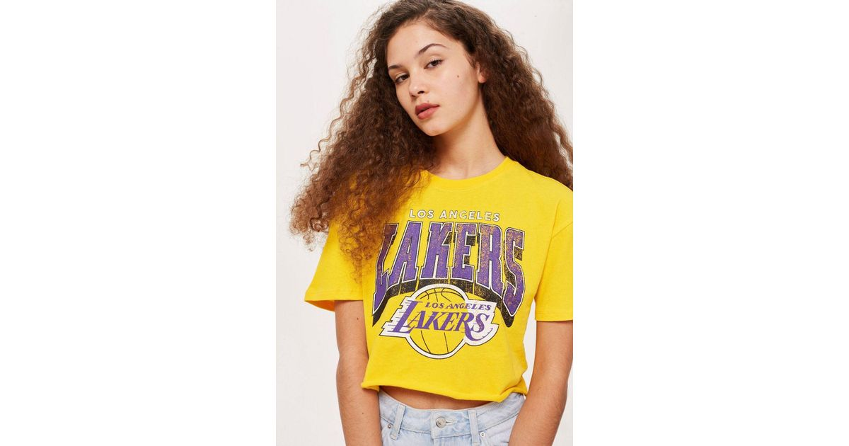 33845a859ed1ad Topshop Lakers Crop T-shirt By in Yellow - Lyst