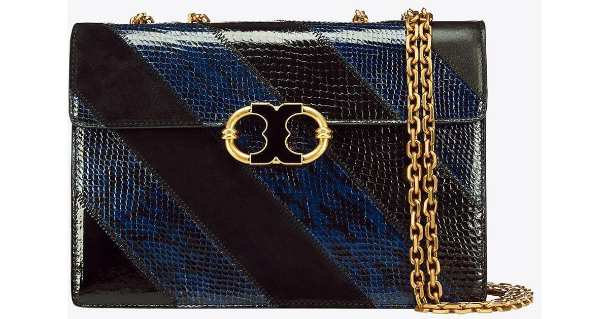 39772ce72487 Lyst - Tory Burch Gemini Link Snake Medium Chain Shoulder Bag in Black