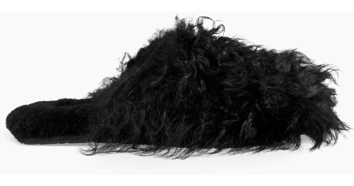 977840de53e6 Lyst - UGG Fluff Momma Mongolian Clog in Black