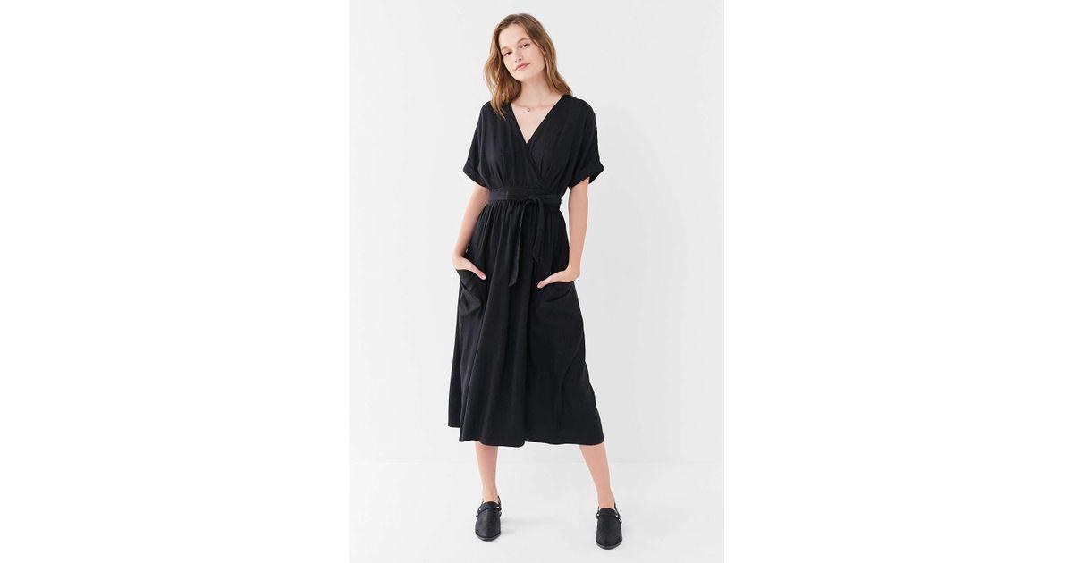 9acf367ffe Lyst - Urban Outfitters Uo Gabrielle Black Linen Midi Wrap Dress - Womens L  in Black