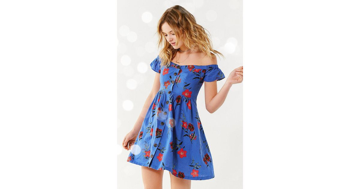 614a900cd341 Lyst - Urban Outfitters Uo Amelie Off-the-shoulder Button-down Dress in Blue