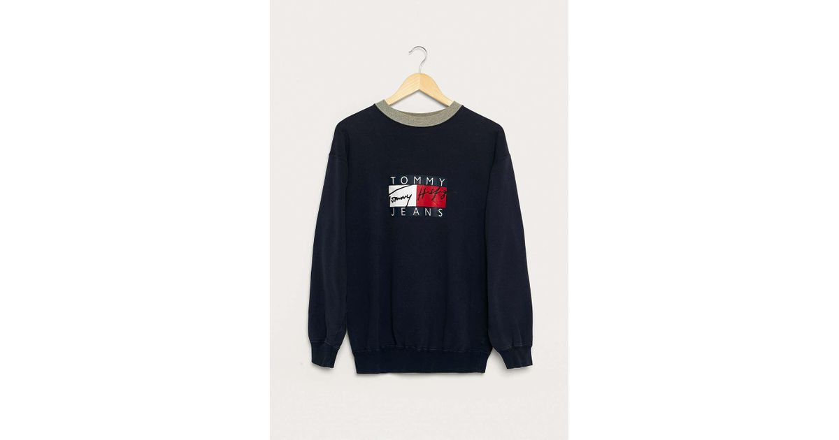 442749c7 Urban Renewal Vintage One-of-a-kind Tommy Hilfiger Box Logo Sweatshirt -  Mens L in Blue for Men - Lyst