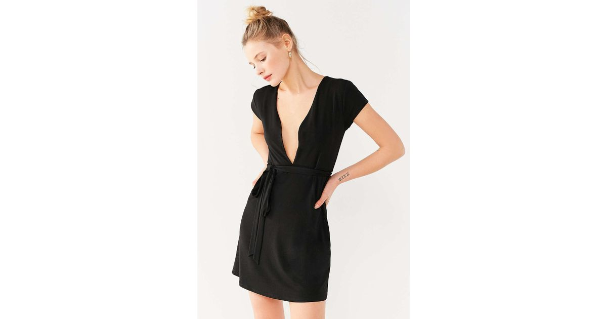 155255c529c Urban Outfitters Uo Toni Plunging Tie-waist Dress in Black - Lyst