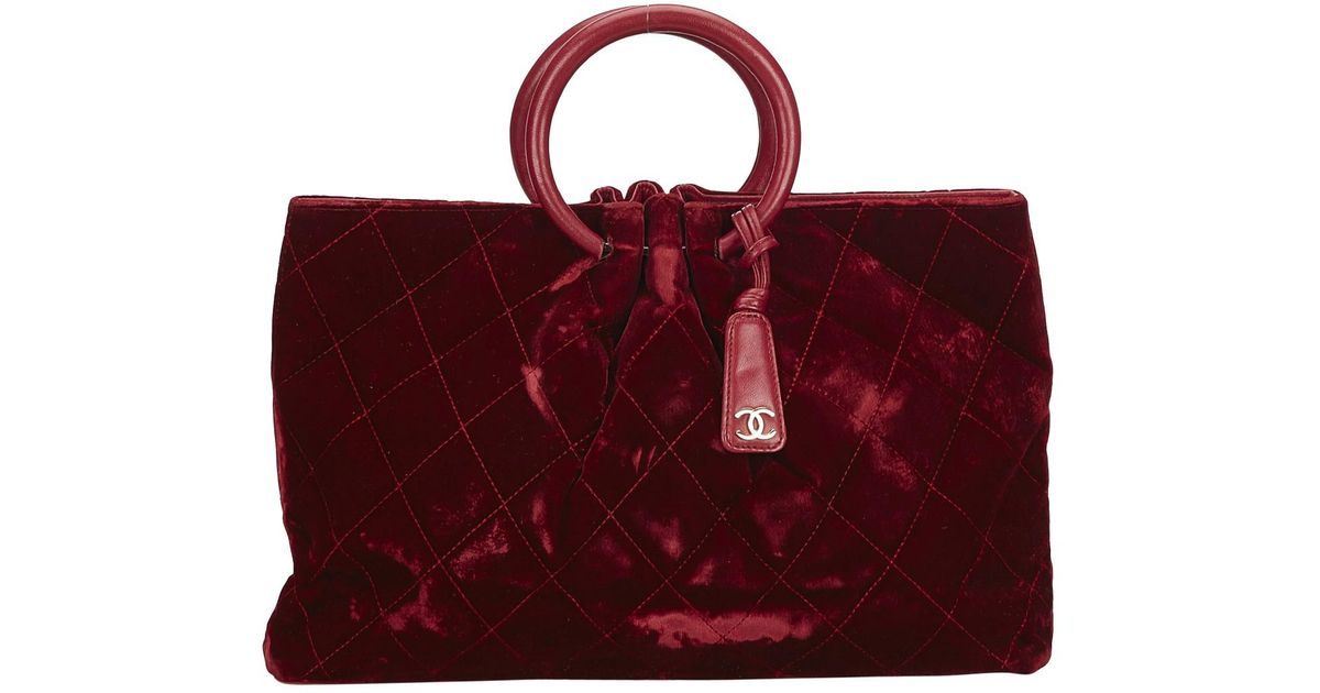 Lyst - Chanel Vintage Burgundy Velvet Handbag in Red 904f6b701f91b