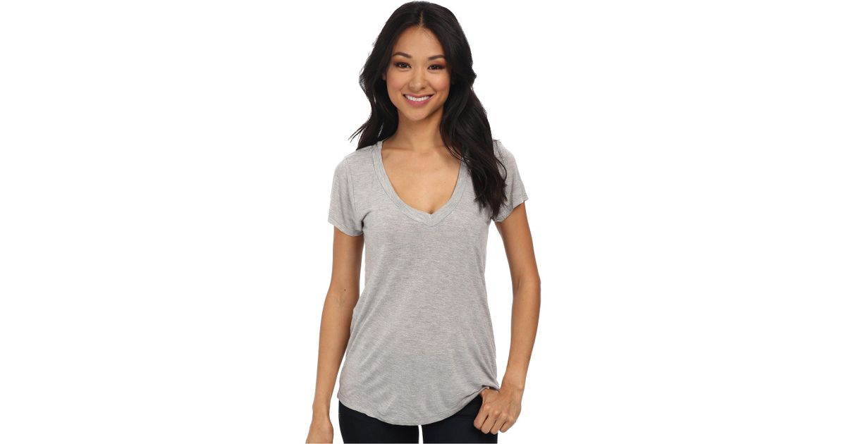 6ba30b0df04 Lamade Short-sleeve Low V-neck Boyfriend Tee (heather Grey) Women's Short  Sleeve Pullover in Gray - Lyst