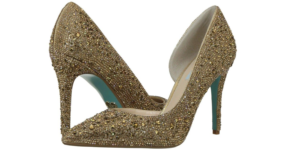 b9232d307f2 Lyst - Betsey Johnson Hazil in Metallic