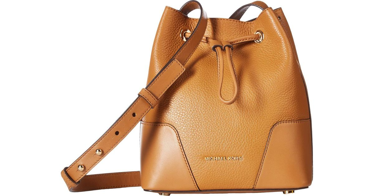 a7c089aeb26 MICHAEL Michael Kors Cary Small Bucket Bag in Brown - Lyst