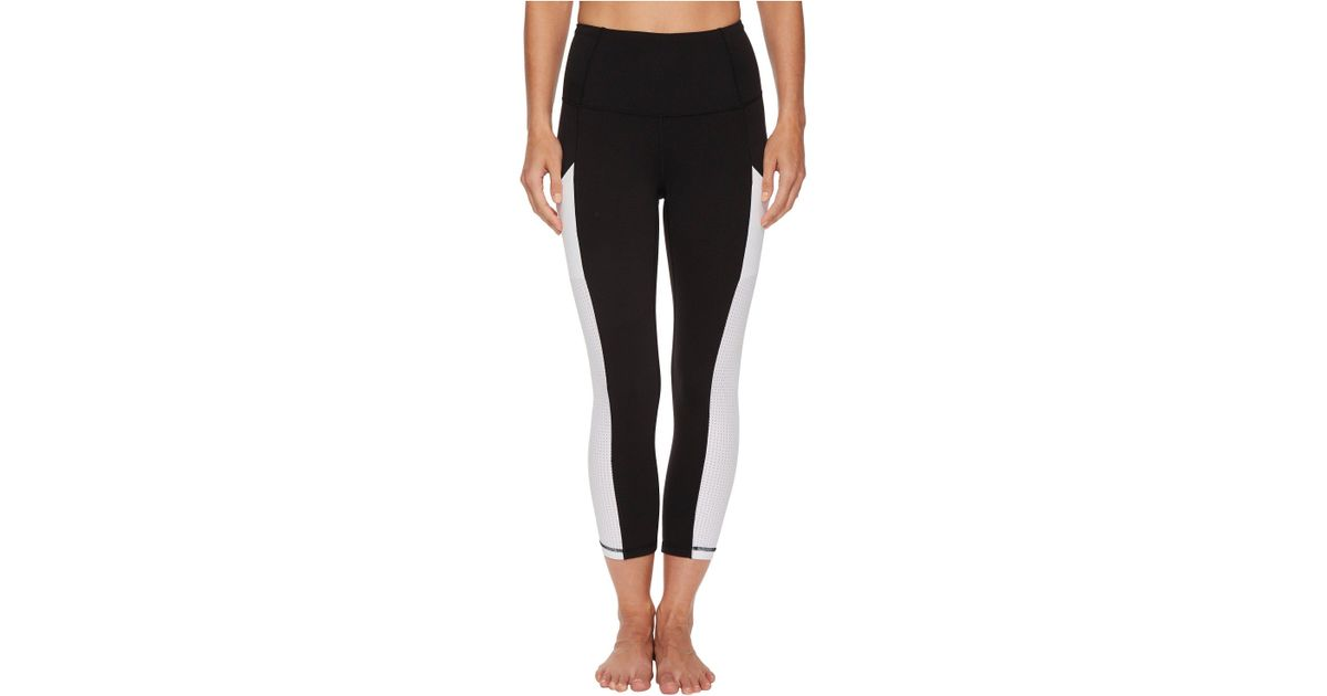 ddf73c78ffaf9 The North Face Motivation High-rise Pocket Crop Pants (tnf Black/tnf White)  Casual Pants in Black - Save 17% - Lyst
