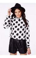 Missguided Sabina Monochrome Daisies Cropped Blouse - Lyst