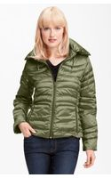 Bernardo Iridescent Packable Down Jacket - Lyst