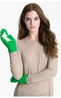 Kate Spade Big Apple Arrow Mittens - Lyst