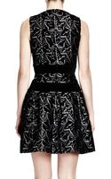 Alexander McQueen Sleeveless Ivyprint Dress with Velvet Bands Blackwhite - Lyst