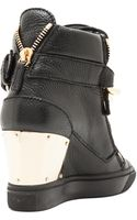 Giuseppe Zanotti Lorenz Grained Leather Wedge Sneakers with Chain - Lyst