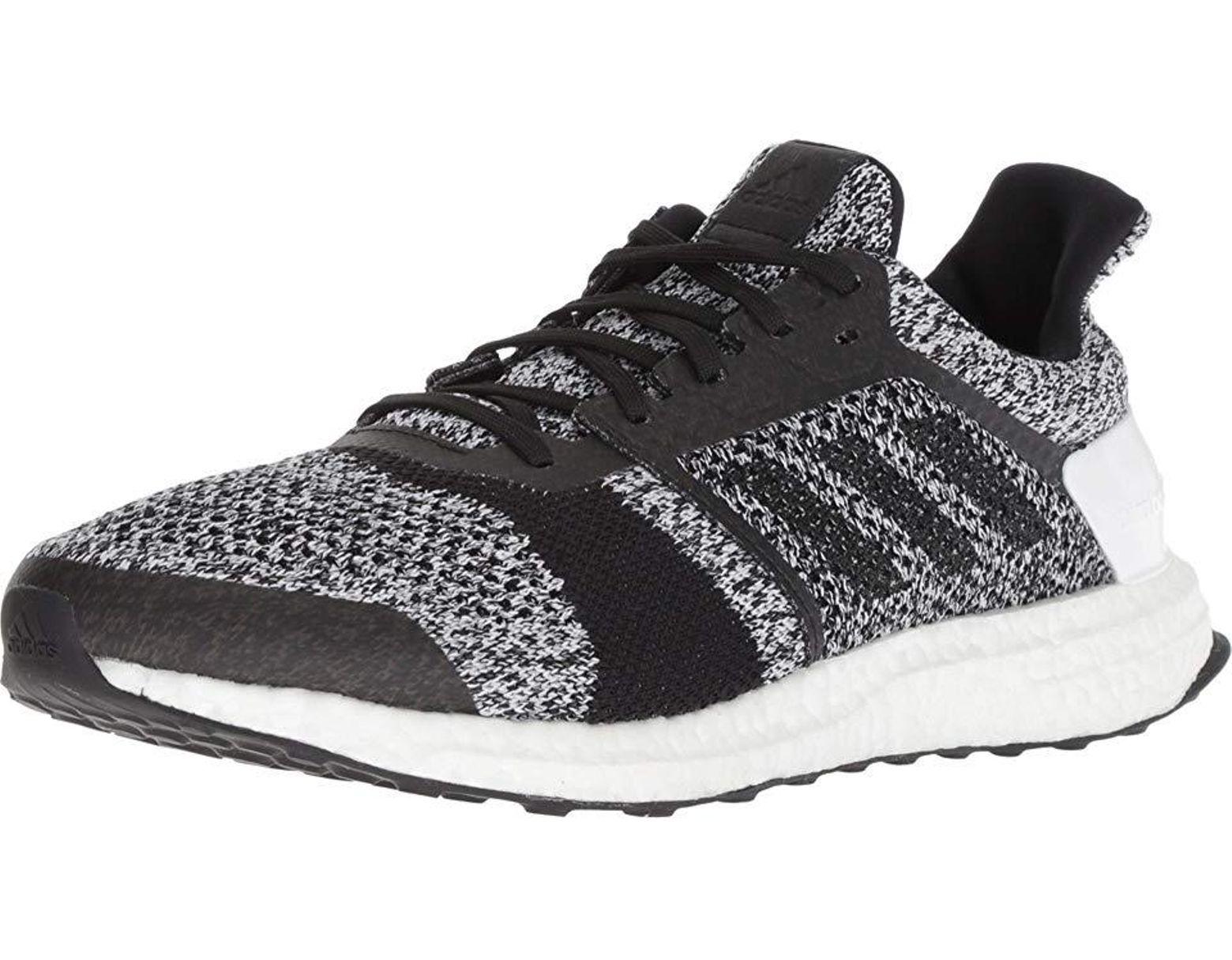 adidas Originals Ultraboost St (whiteblackblack) Running