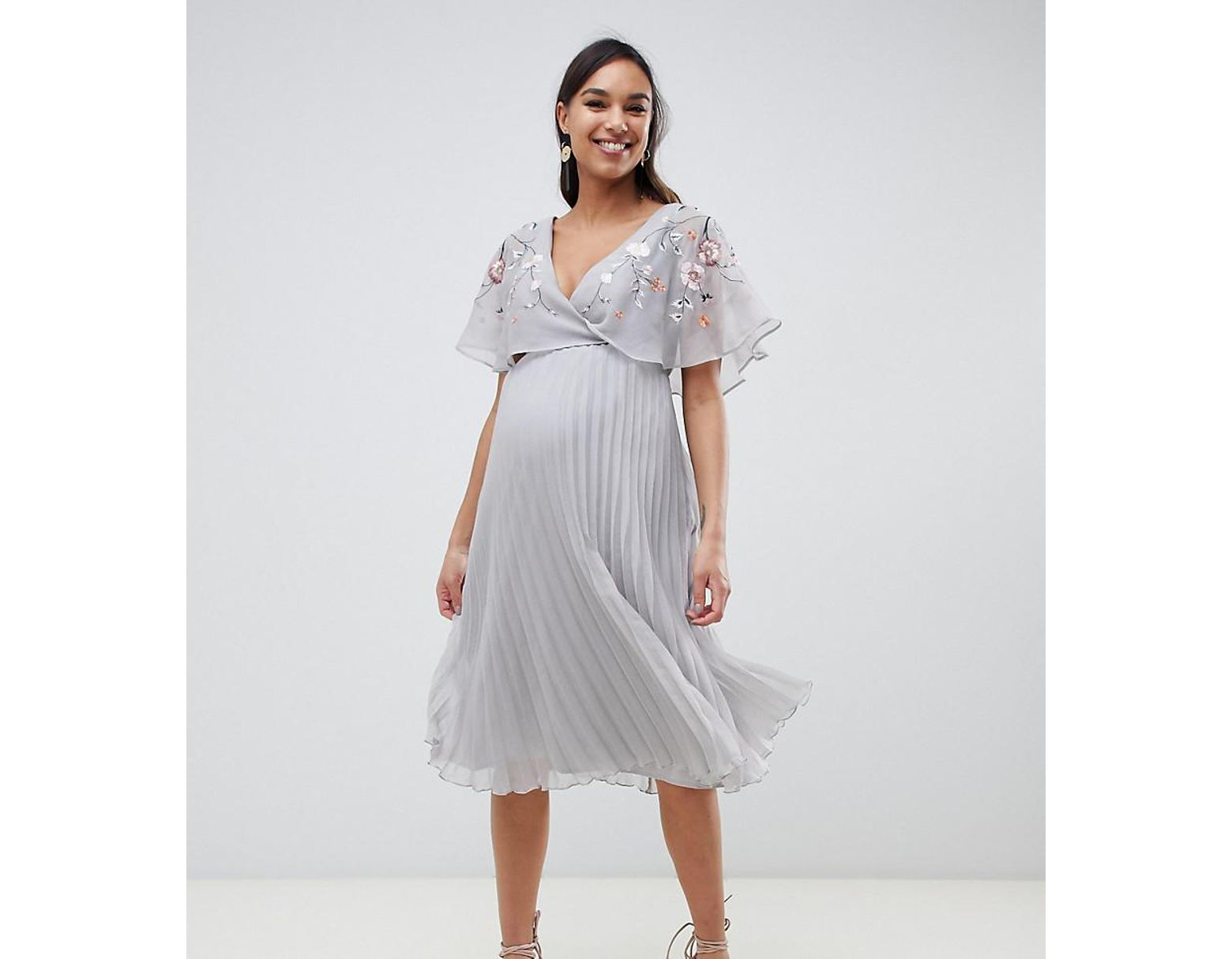 143b0d36e6e65f ASOS Asos Design Maternity Flutter Sleeve Midi Dress With Pleat Skirt In  Embroidery in Gray - Lyst