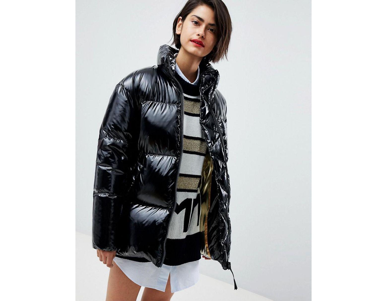 a65dbc62f5cb Tommy Hilfiger Icon High Shine Padded Jacket in Black - Lyst