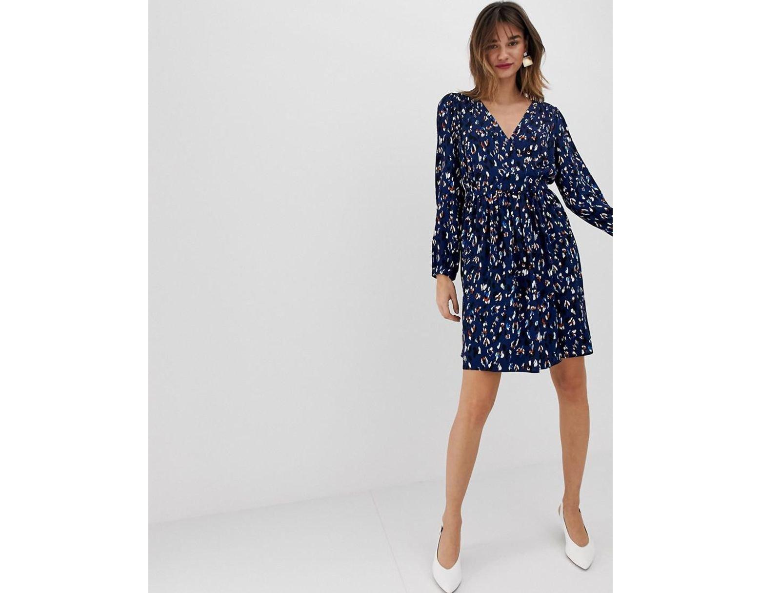 9a28a29e8565 Vero Moda Abstract Leopard Print Wrap Mini Dress in Blue - Lyst