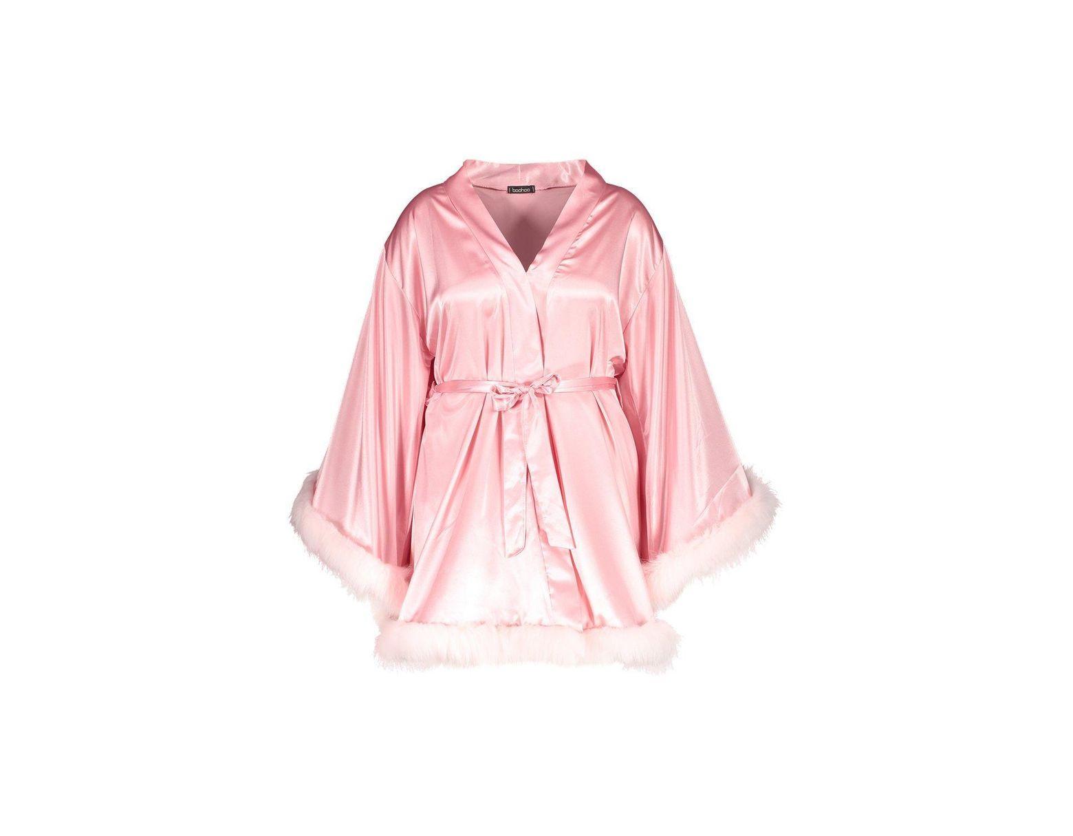 2ffed112132f Boohoo Gemma Collins Short Kimono Robe With Fluffy Sleeve in Pink - Lyst