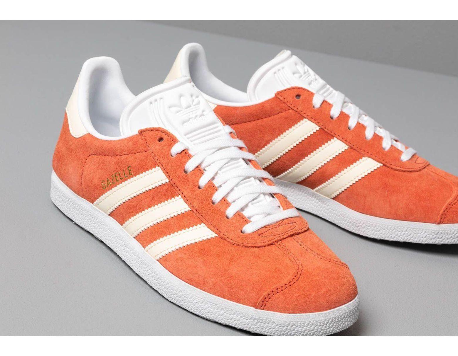 2019842b53c4 adidas-originals-Red-Adidas-Gazelle-W-Raw-Amber-Ecru-Tint-Ftw-White.jpeg