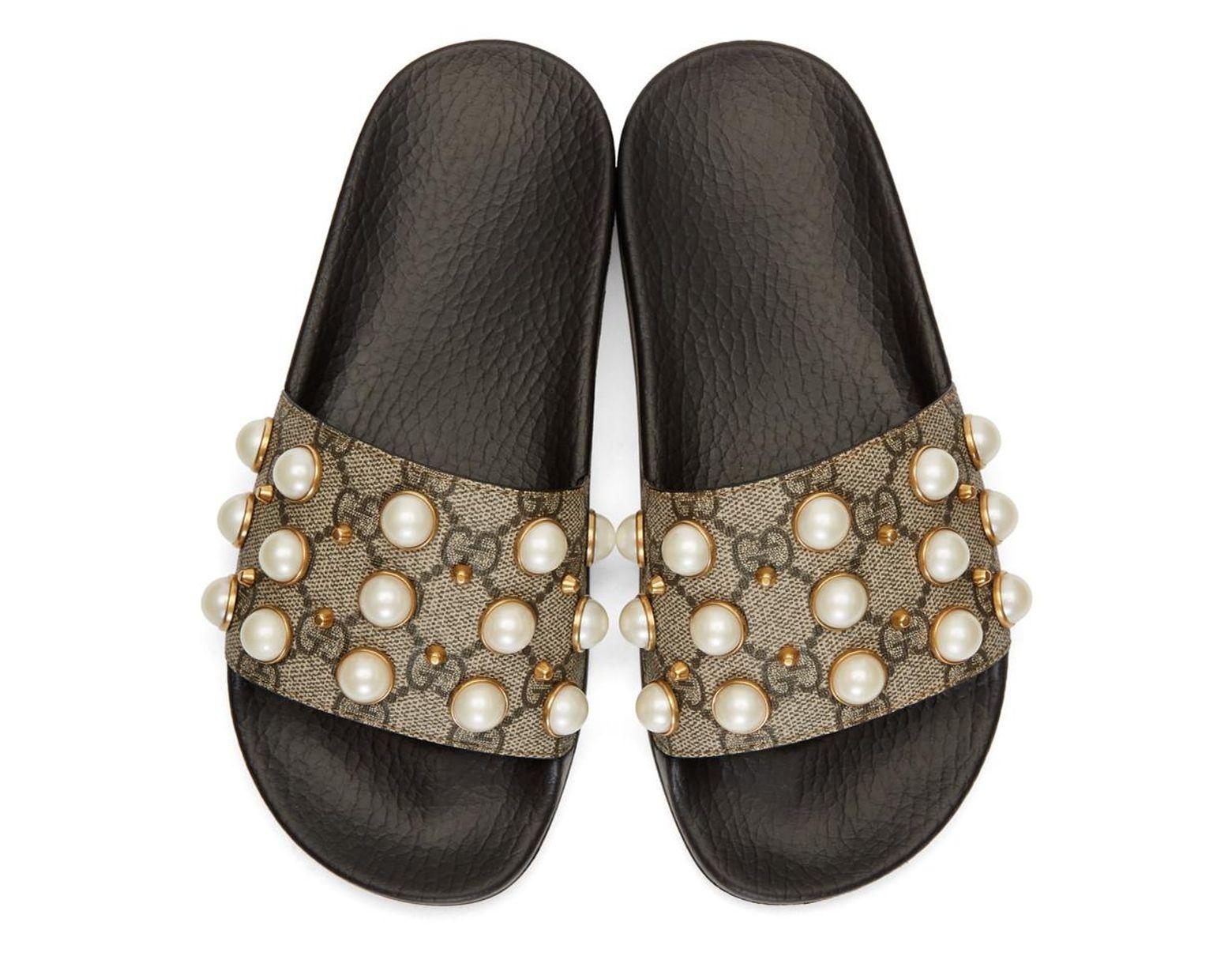 c66c8c819 Gucci Beige GG Supreme Pearls Pursuit Slides in Natural - Save 15% - Lyst