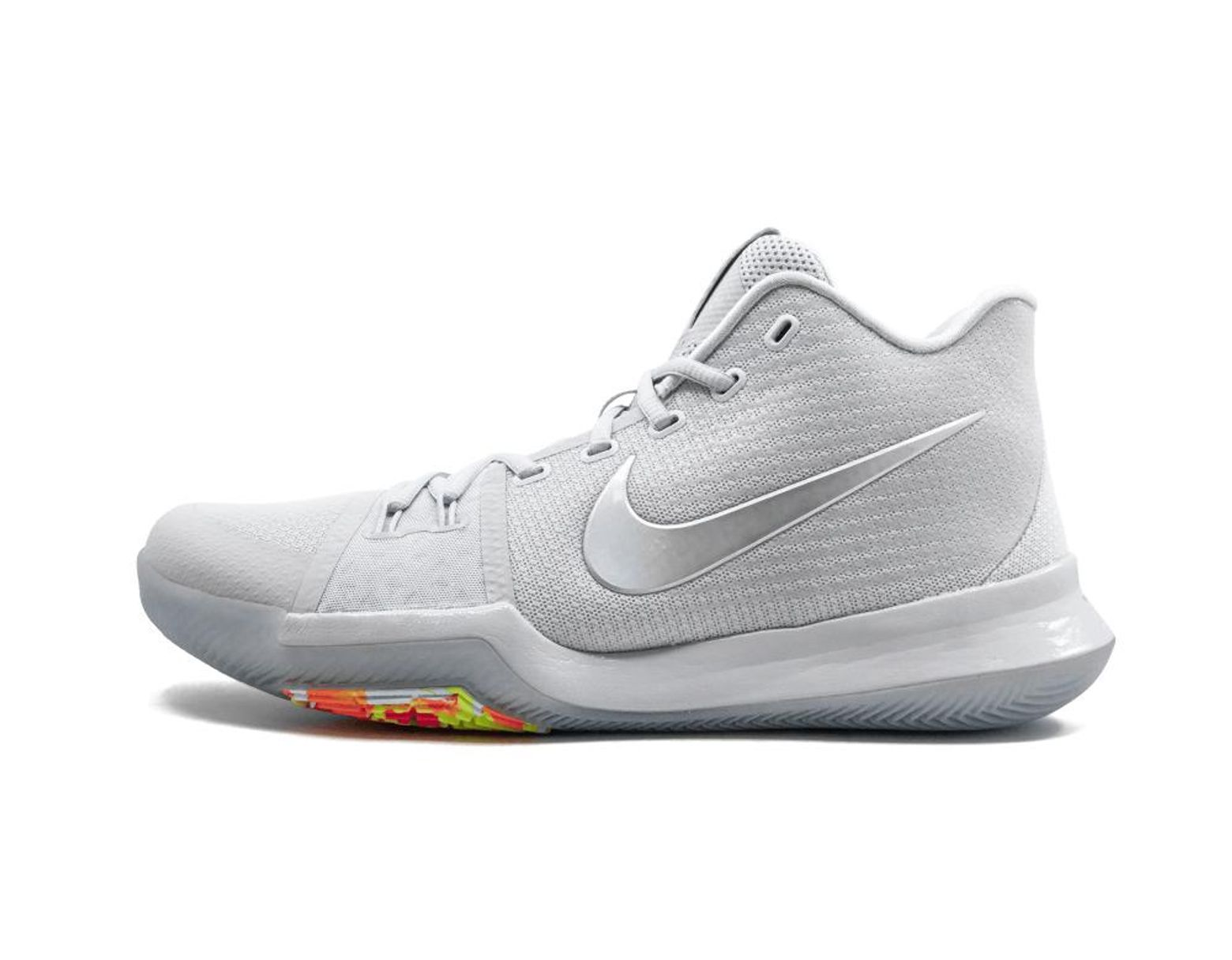 purchase cheap 3d1a6 6f247 Men's Kyrie 3 Ts - Size 10