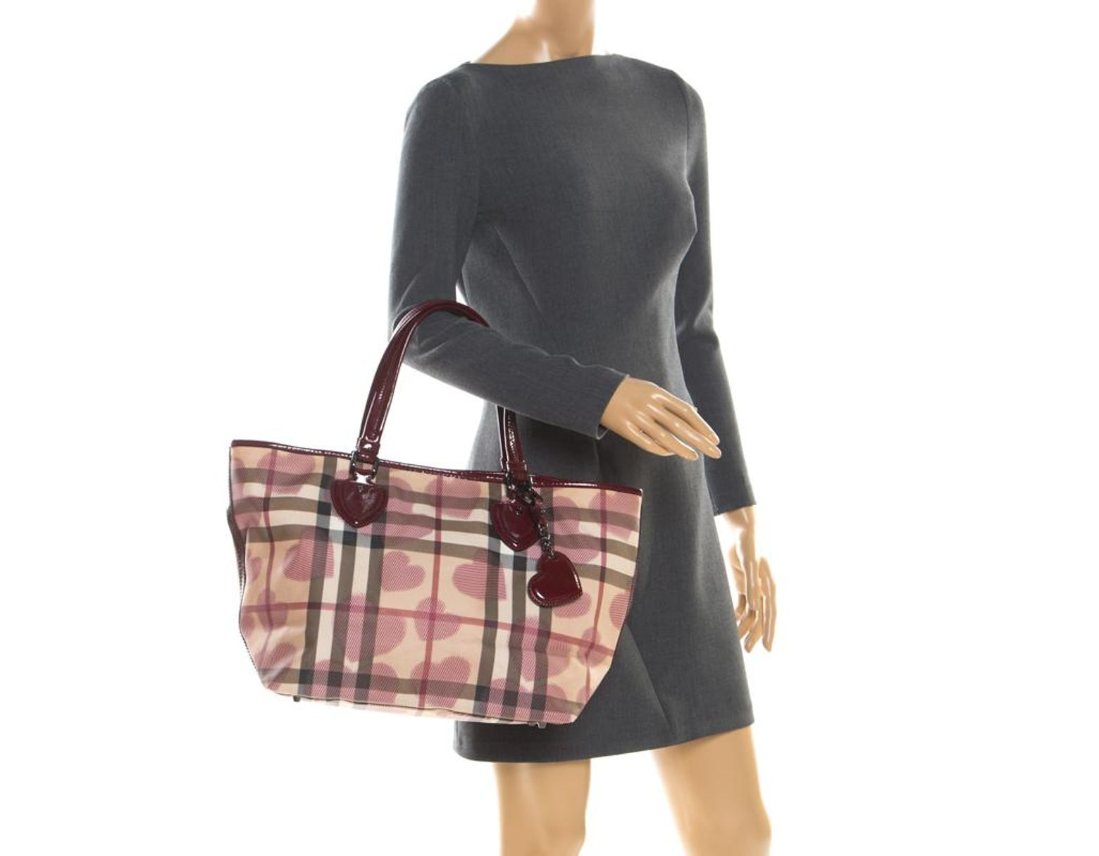 60e5fc45ef Burberry Burgundy/beige Brit Hearts Pvc And Patent Leather Supernova Tote -  Lyst