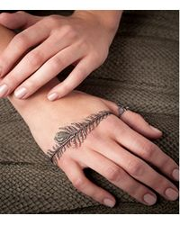 Annoushka - Metallic Mythology Tsar Feather Palm Cuff - Lyst