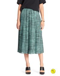 Banana Republic - Blue Factory Print Pleated Skirt - Lyst