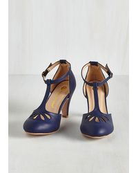 In Touch Footwear | Blue Aisle Come Running Heel In Navy | Lyst