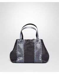 c669a6ebd8d Bottega Veneta. Women s Blue Medium Tote Bag In Tourmaline Nappa And Ayers