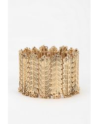 Urban Outfitters - Metallic Fringed Leaves Stretch Bracelet - Lyst