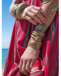 Free People - Metallic Womens Vintage Gold Bangle With Bird - Lyst