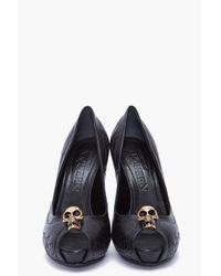 Alexander McQueen | Black Studded Skull Pump | Lyst