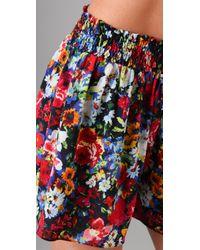 Alice + Olivia - Multicolor Smocked Waist Play Shorts - Lyst