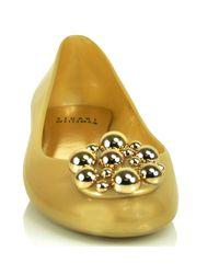 Stuart Weitzman - Metallic Pellets - Gold Jelly Flat - Lyst